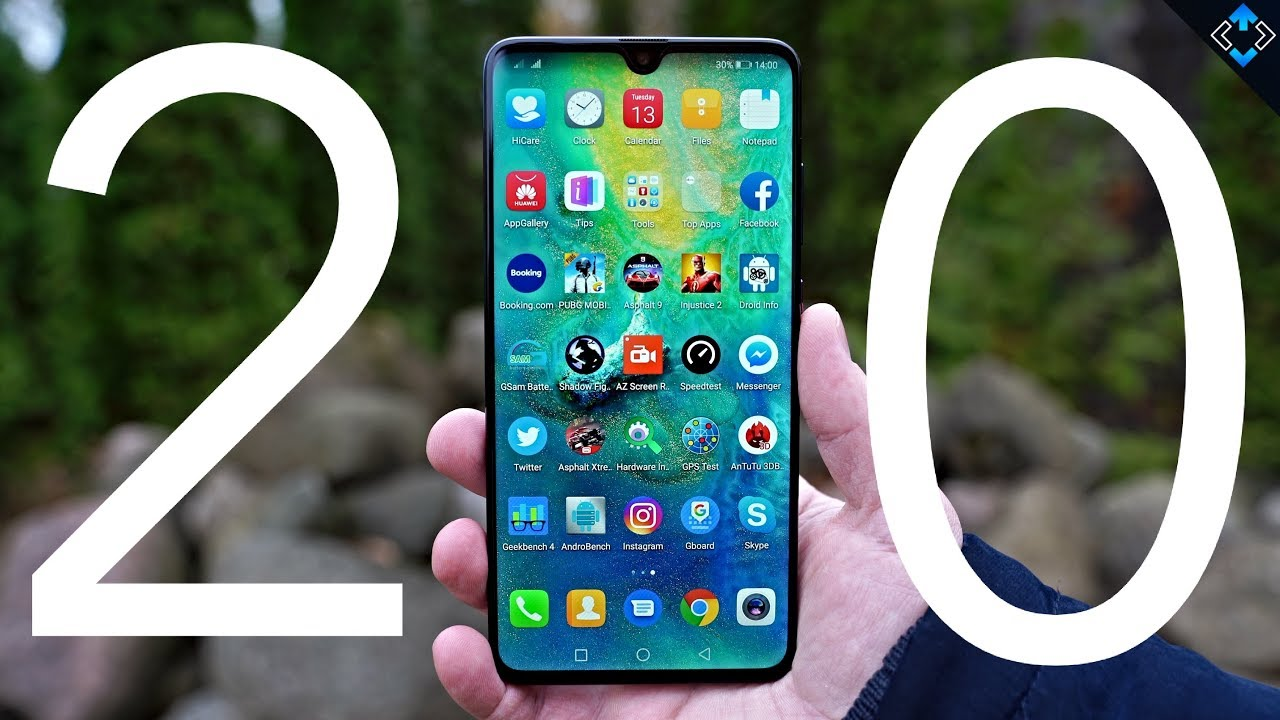 Huawei Mate 20 Review After 1 Month - Better than the Mate 20 Pro?