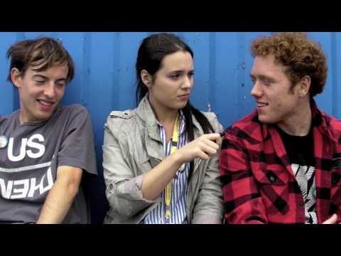 Vikki Chowney meets Bombay Bicycle Club at Lovebox 2009