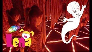 Смотреть видео Гуляем в парке Angry Birds Зеркальный лабиринт смотрим мультфильм стреляем из воздушной пушки играем онлайн