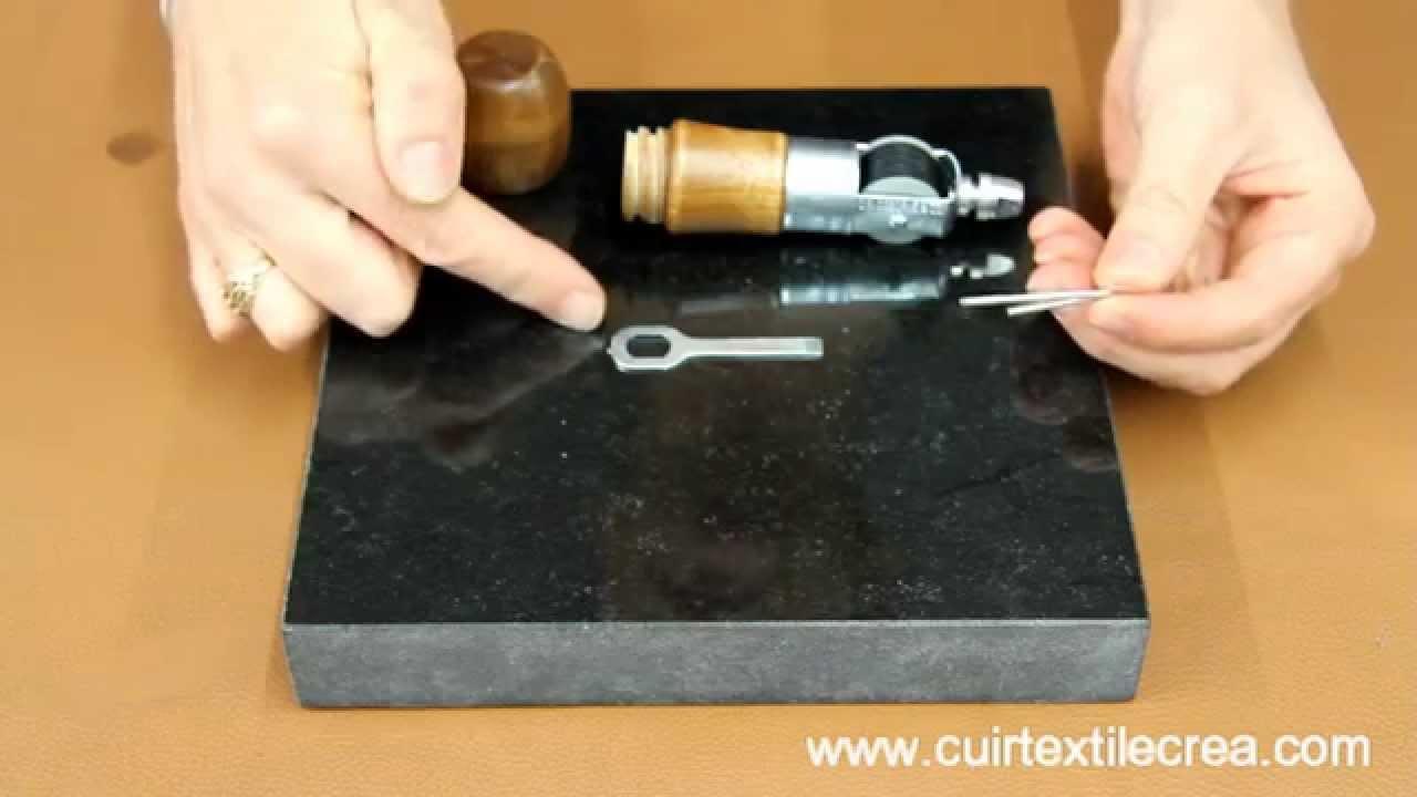 comment utiliser une al ne automatique sewing automatic. Black Bedroom Furniture Sets. Home Design Ideas