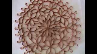 Enfeite de parede (flores de rolinho de papel higiênico)