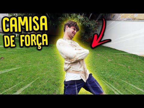 TESTEI UMA CAMISA DE FORÇA !! [ REZENDE EVIL ]
