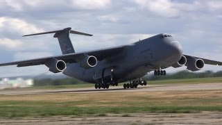 Lockheed C-5M Super Galaxy - Takeoff