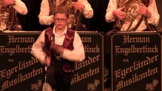 Löffelpolka met als solist Teun Lukassen (9 jaar)
