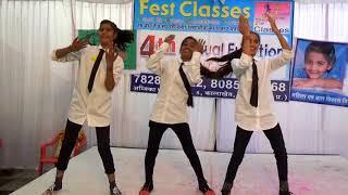 Dance parody by shabnam,Neha, Durga on fest Classes 4th Annual function