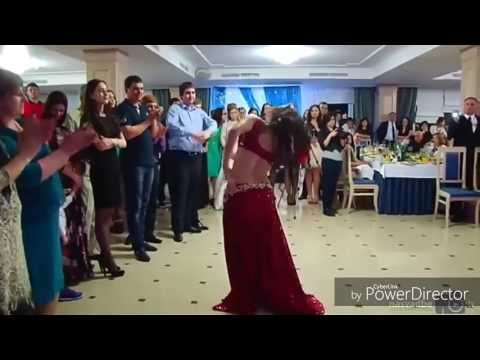 Best Dance by Afghani girl in wedding party  (  with pushto song  )