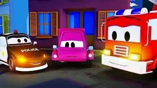 La Super Patrulla con el Coche Rosa en Auto City | Autos y camiones dibujos animados para niños