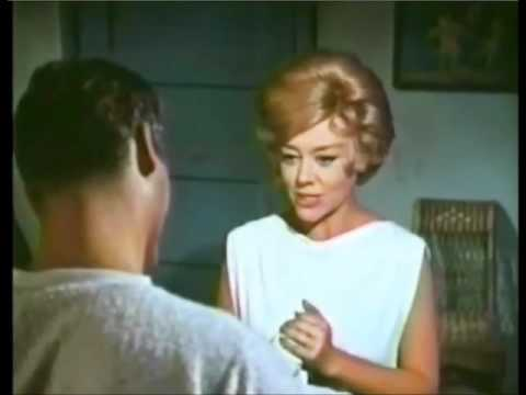 Ty Hardin & Glynis Johns make a funny couple in 1962 classic