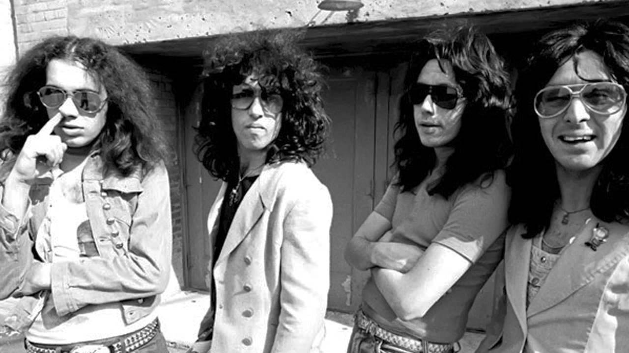 the creem photos of kiss without makeup 1974 youtube. Black Bedroom Furniture Sets. Home Design Ideas