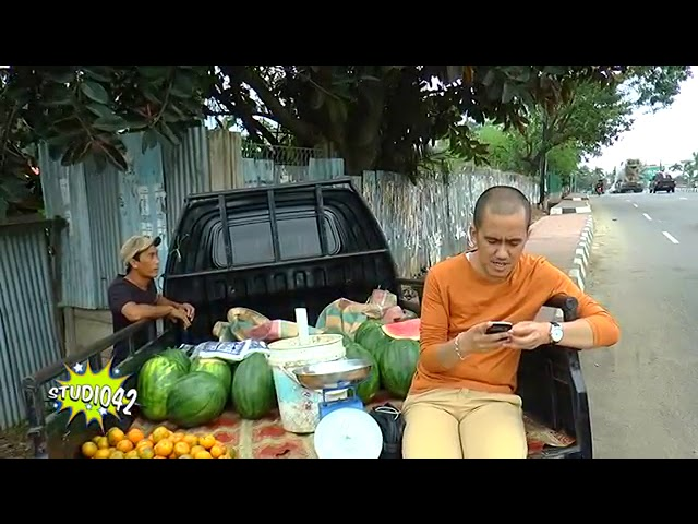 STUDIO 42 UHF Jual Buah Koplak