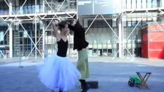 Балерина атакует