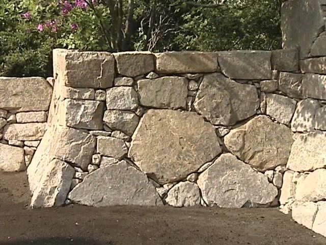 社団法人日本造園組合連合会「石積みの技法」 - YouTube