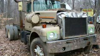 More semi truck junk yard pictures #2