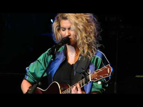 Beautiful Things - Tori Kelly Live @ Fox Theater Oakland, CA 5-19-16