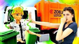 Адриан ищет Маринетт на свалке. Мультик с куклами Леди Баг. Ищем игрушки ToyClub