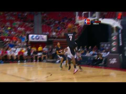 Chris Wright Soars to the Rim