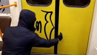Video TacePd Crew:ROLE Tagging on Subway In Moscosw download MP3, 3GP, MP4, WEBM, AVI, FLV Desember 2017