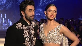 Deepika Padukone & Ex Bf Ranbir Kapoor Walk The Ramp For The First Time Together