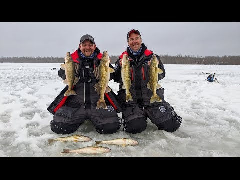 Set Lines VS. Jigging Spoons On Upper Red Lake - In-Depth Outdoors TV Season 14, Episode 3