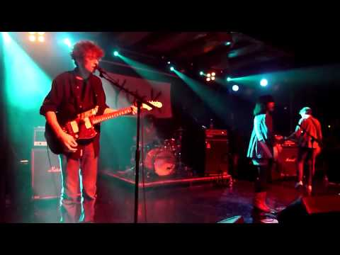Yuck - Georgia, live at Scala, London 18/05/11
