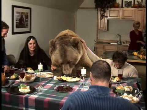 AN AMERICAN THANKSGIVING - CW NETWORK - 4PM