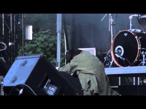 Crystal Castles Baptism Live Montreal Osheaga 2011 HD 1080P