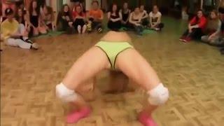 Горячие Танцы Попой 4