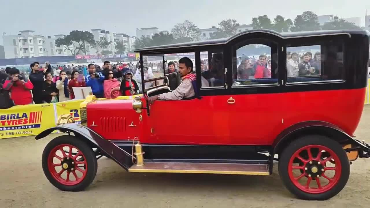 Vintage Classic Car Rally Statesman Show At Kolkata Pt - Antique and classic car show