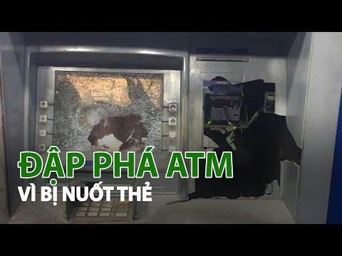 Rút tiền bị nuốt thẻ, người đàn ông đập phá trụ ATM   VTC14