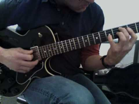 how to play never change on guitar