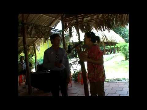 Co gai tuoi dau - Hong Phuong-Khachmoi - CLB ANH EM