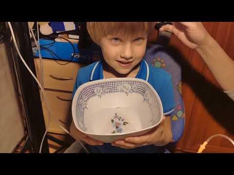 Как промыть нос физраствором ребенку шприцом видео урок
