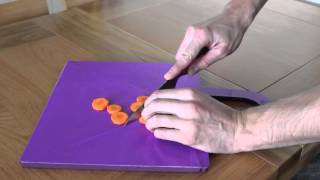 Chopping Board Transforms Into Bowl - Product Design