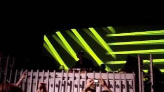 Tiësto - Carpe Noctum & Oxia - Domino (short)