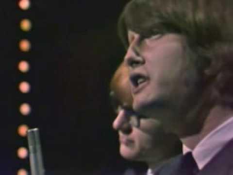Peter and Gordon - Woman (Hullabaloo - 4/11/66)