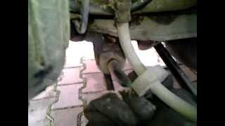 Uszkodzony stabilizator tylny AR156SW - luzy na gumach