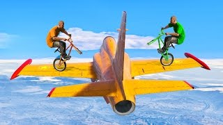 2 BIKES vs. 1 PLANE! (GTA 5 Funny Moments)