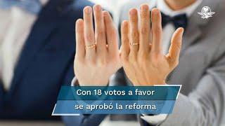 Las modificaciones aprobadas establecen que el matrimonio sea la unión de dos personas y no sólo entre un hombre y una mujer