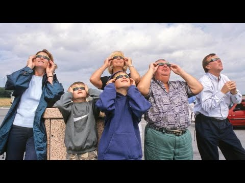 Image result for people viewing the solar eclipse