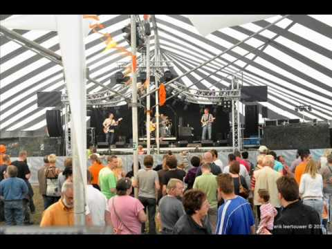 Bill Withers - Ain't No Sunshine (The Walleez Cover) Live Brabantsewal festival