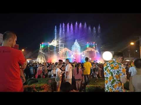 วีดีโองานสงกรานต์ น้ำพุลีลาประกอบเพลง หน้าสถานีรถไฟ จ.พิษณุโลก