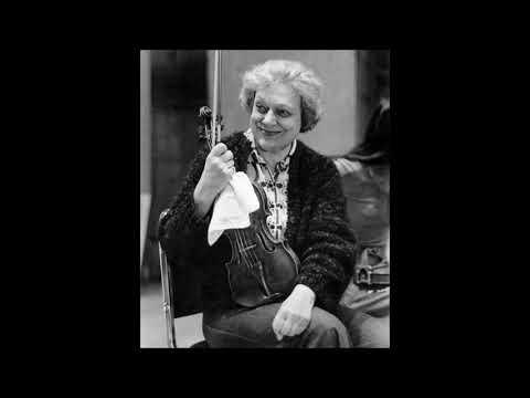 "J.S.Bach ""Chaconne BWV 1004"" Pina Carmirelli"