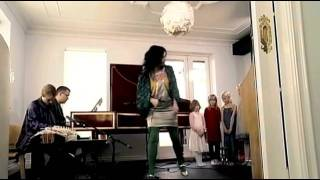 Björk: Aurora / Átta raddir