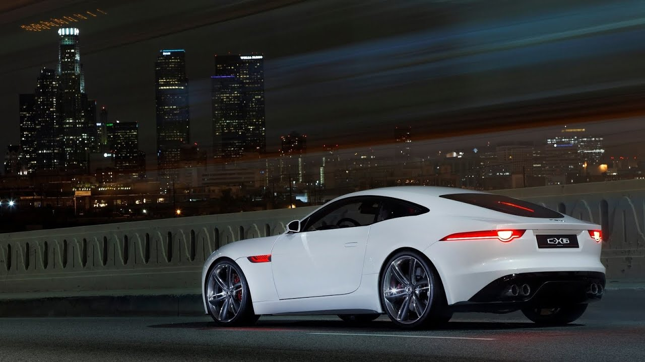 jaguar f-type: exhaust-sounds, fly-by´s, accelerations - amazing