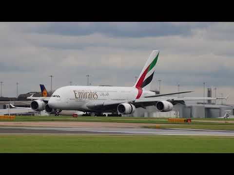 Emirates Airlines EK17 A6-EDL Airbus A380-861 Approach and Landing Manchester 24/8/17
