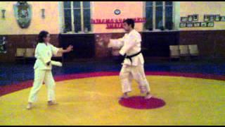 Гипс помогает заниматься Айкидо (часть 1)(, 2011-11-11T10:49:05.000Z)