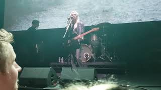 Wolf Alice , Visions of a life , live , Q Music Awards , Camden Roundhouse , 17 /10 / 2018 .