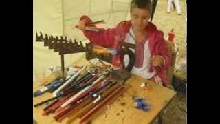 Ukrainian lampworking in Pyrohiv.avi