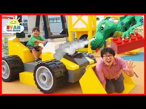 Giant Smash Surprise Toys with Paw Patrol, Jurassic World