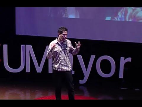 ¿Por qué el cáncer nos sigue matando ? | Pablo Olivares | TEDxUMayor